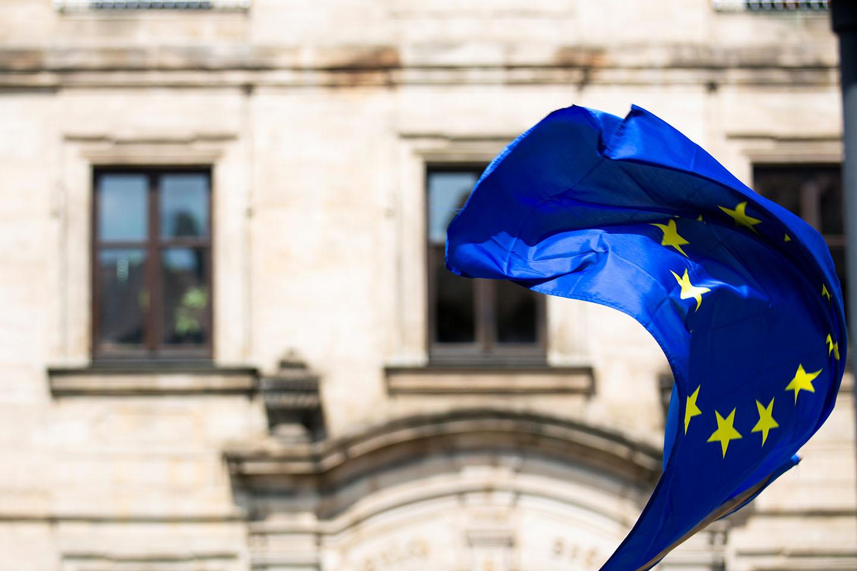 Waving European Flag by Markus Spiske, Unsplash